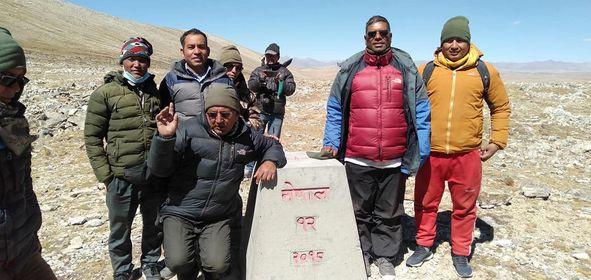 नेपाली भूमि मिच्ने चीनसँग नडराउन शाहीको आह्वान, बचाउ गर्नेलाई हेलिकोप्टरमा सीमामै लगेर देखाइदिने घोषणा