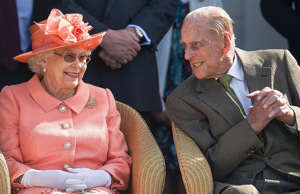 बेलायती महारानी एलिजावेथका पति राजकुमार फिलिपको निधन !