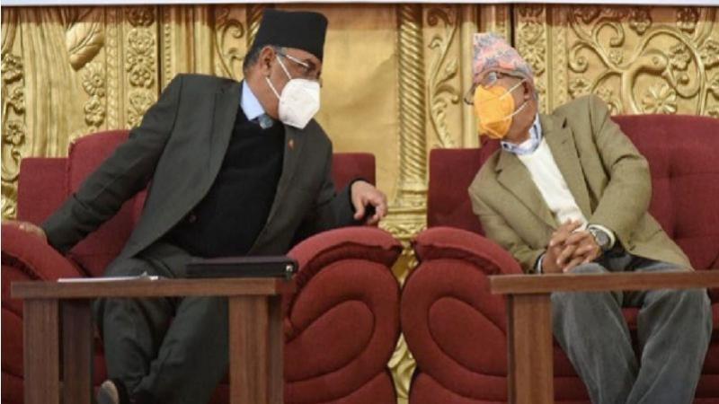 'प्रचण्ड र माधव नेपाल देउवाको पुच्छर'