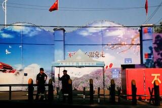 चीनको सिन्जियाङमा उत्पादित सबै सामग्रीहरुमा प्रतिबन्ध लगाउन अमेरिकामा कानुन पारित