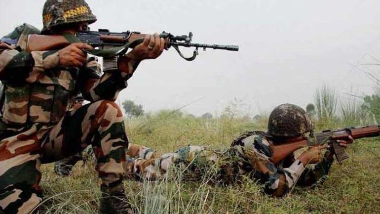 भारतीय सीमामा घुसेका ३ आतंककारी मारिए, सेनाले बरामद गर्याे हतियार